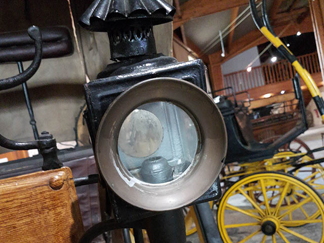 Lamp of a horse drawn carriage - museum Bourg Gironde